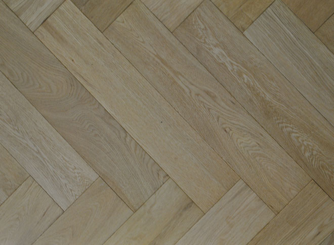 Long Herringbone Oak  Col. Linen 16.10m2